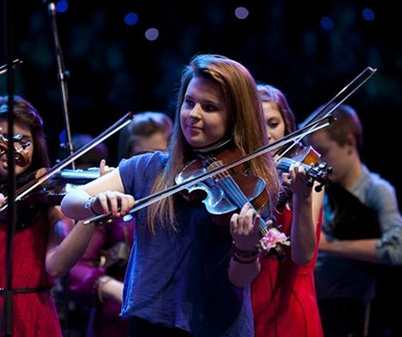 Charlotte Gunn playing Violin with Feis Rois  All Rights Reserved by Feis Rois